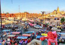 Corona - Life goes on. Scene at Badi chopad,