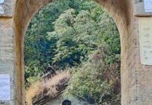 Old suspension bridge on Guala river